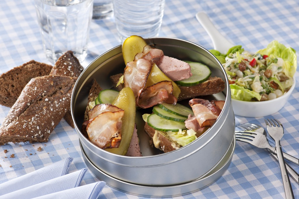 Vleeschwaar Recept - Rijke sandwich met paté en spek