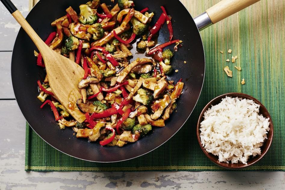 Vleeschwaar recept vleeswaren Chinese kip wok Naomi van As