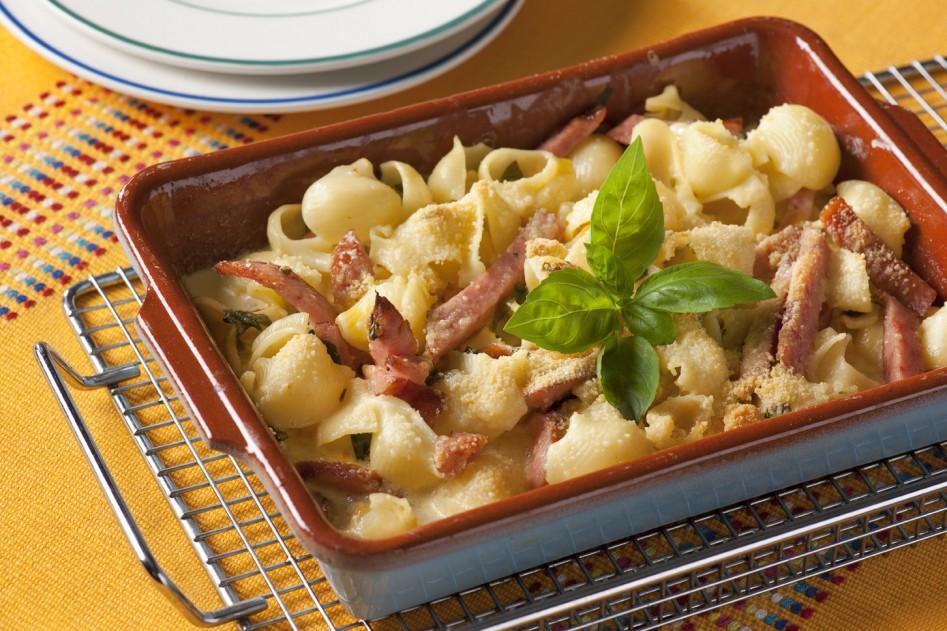 Vleeschwaar Recept - Power pasta met gekookte worst