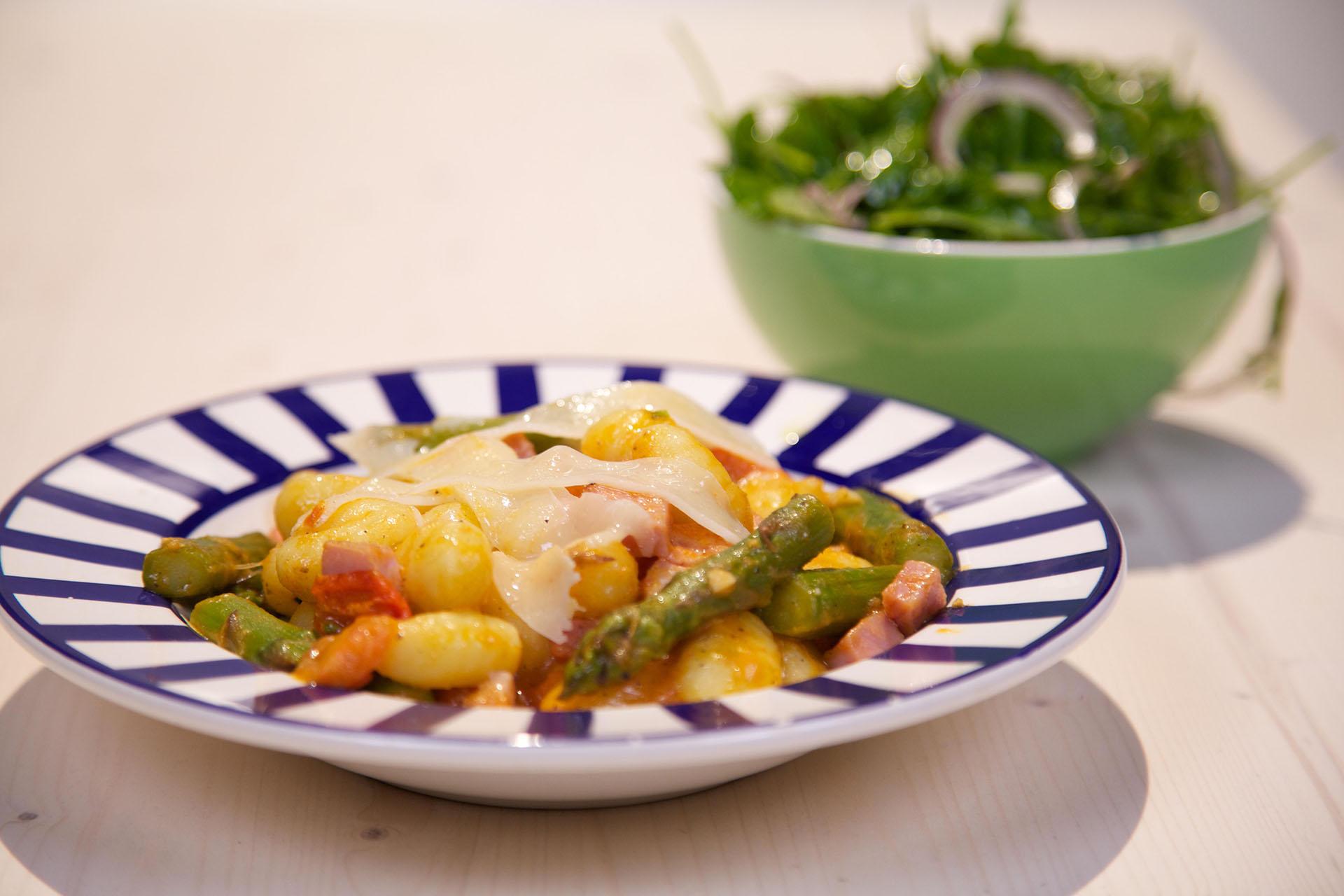 Vleeschwaar recept 24 Kitchen Roberta gnocchi met boerenachterham vleeswaren