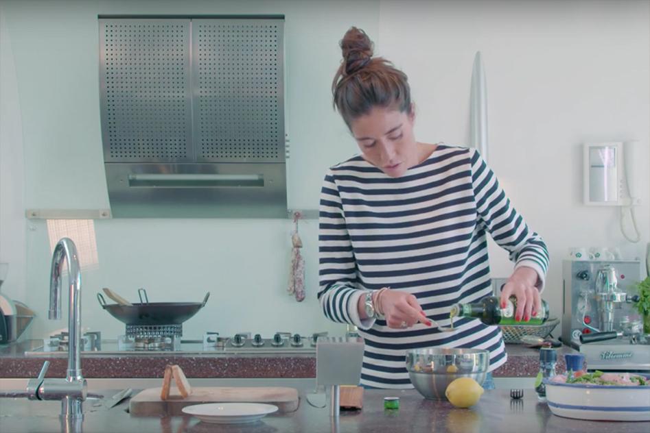 Vleeschwaar recept Naomi van As video salade met gekookte ham