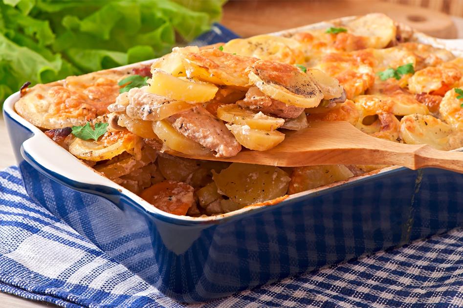Vleeschwaar recept vleeswaren Smulweb Elzasser ovenpannetje boerenmetworst wortel aardappel