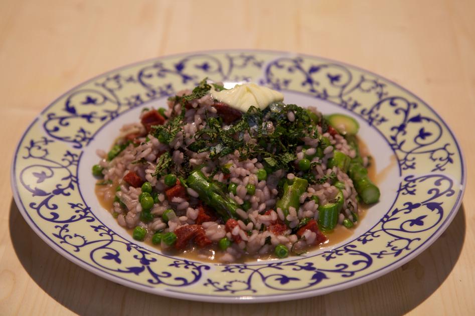 Vleeschwaar vleeswaren recept chorizo risotto 24Kitchen Rudolph van Veen