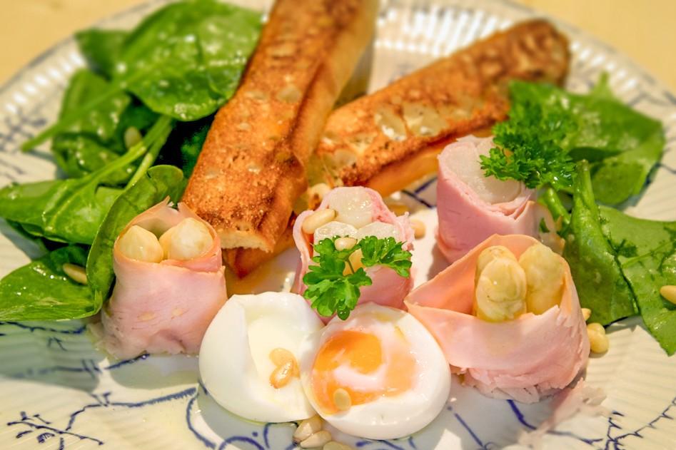 Vleeschwaar-vleeswaren-recept-ham-asperge-rolletjes-10
