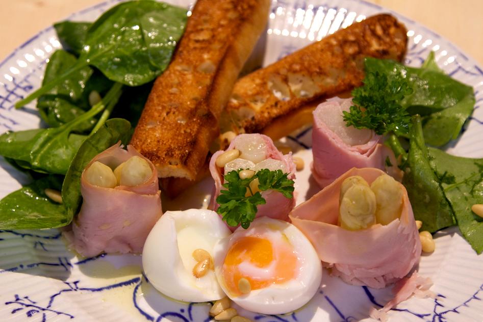 Vleeschwaar vleeswaren recept ham asperge rolletjes