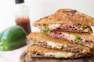 Vleeschwaar philly cheese steak tosti rosbief vleeswaren ohmyfoodness sabine koning recept