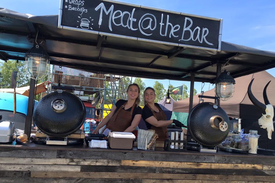 Vleeschwaar uit vorkje-prik food festival utrecht meat at the bar