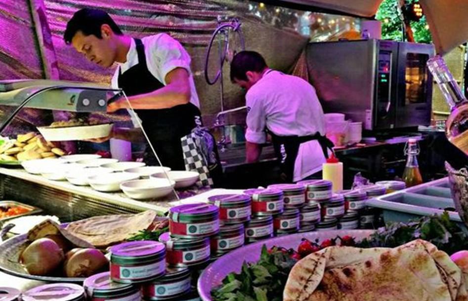 local-treasures-festival-stoer-voer-foodtruck-festival-foodfestival-hengelo-uit-uitje